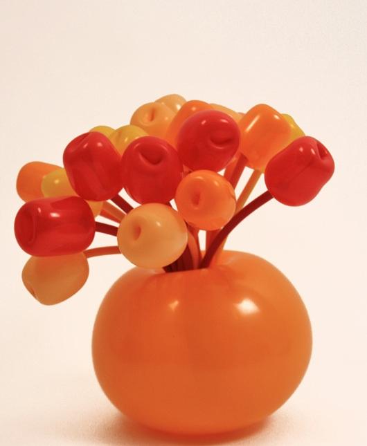 Головной убор из шариков